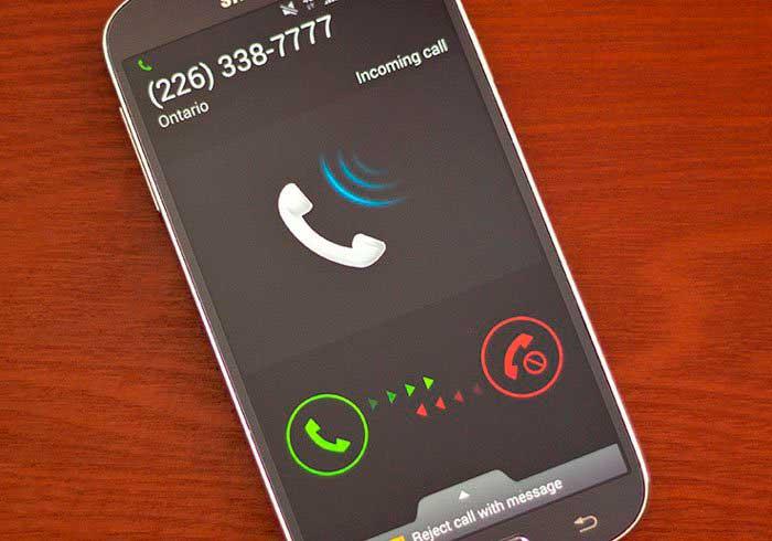 posee un número de teléfono