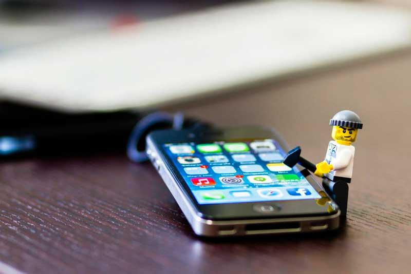 ¿Es posible hackear mi teléfono y leer mis mensajes?