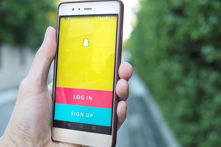 controlar a mi adolescente en Snapchat